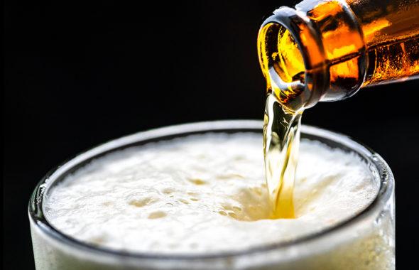 クラフトビールの注ぎ方のコツ
